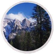 Yosemite Three Brothers In Winter Round Beach Towel