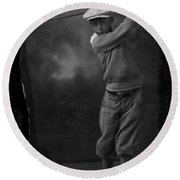Young Knickerbocker Golfer Round Beach Towel
