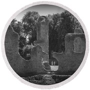 Young Ruins Round Beach Towel