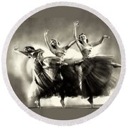 Ziegfeld Model  Dancers By Alfred Cheney Johnston Black And White Ballet Round Beach Towel