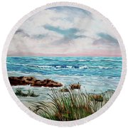 A Morning View Round Beach Towel