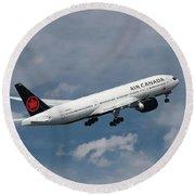 Air Canada Boeing 777-233 Lr Round Beach Towel
