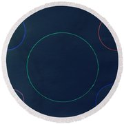 Green Circle In The Middle Round Beach Towel
