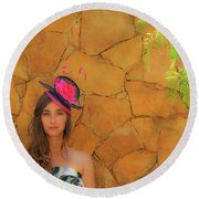 Mamin With Hat Round Beach Towel