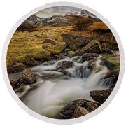 Mountains North Wales Round Beach Towel