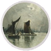 On The Thames  Round Beach Towel