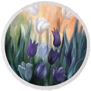 Tulips Round Beach Towel