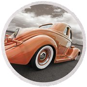 1935 Ford Coupe In Bronze Round Beach Towel