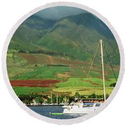 Maui Sunset Sail Round Beach Towel