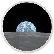 Apollo 11, Earthrise, 1969 Round Beach Towel