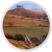 Colmers Hill - England Round Beach Towel