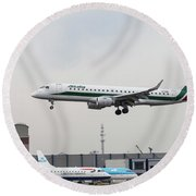 Alitalia Embraer 190 Bird Near Miss Round Beach Towel