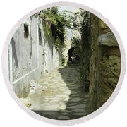 alley in Hammamet, Tunisia Round Beach Towel