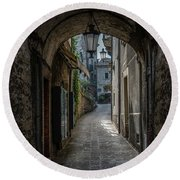 Alleys Of San Marino Round Beach Towel