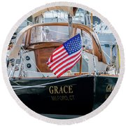 American Pride At The Marina Round Beach Towel