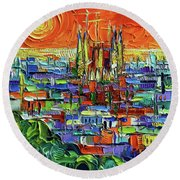 Barcelona Orange View - Sagrada Familia View From Park Guell - Abstract Palette Knife Oil Painting Round Beach Towel