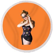 Beautiful 1950s Pinup Woman Listening To Sea Shell Round Beach Towel