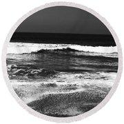 Black And White Beach 7- Art By Linda Woods Round Beach Towel