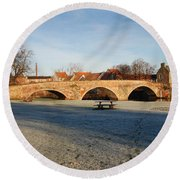 bridge over river Tyne in Haddington in winter Round Beach Towel
