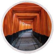 Bright Orange Torii Gates In Kyoto, Japan Round Beach Towel
