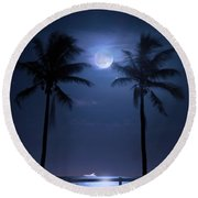 Catch The Moon Round Beach Towel