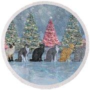 Christmas Cats Round Beach Towel