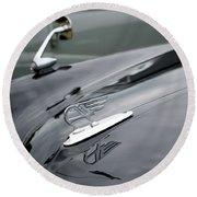Classic Austin Car Bonnet Badge Round Beach Towel