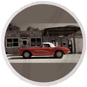 Corvette Cafe - C1 Round Beach Towel