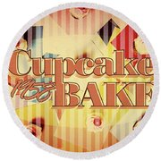 Cupcake Bake 1958 Round Beach Towel