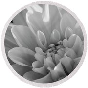 Dahlia In Monochrome Round Beach Towel