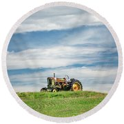 Deere On The Hill Round Beach Towel