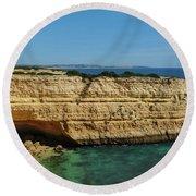 Deserta Beach Scene In Algarve Round Beach Towel