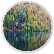 Echo Lake Autumn Shore Round Beach Towel