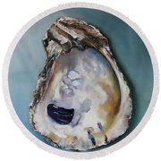 Empty Oyster Shell Round Beach Towel