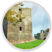Etal Castle Tower And Gatehouse Round Beach Towel