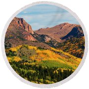 Fall Colors On The North Face Of Pikes Peak Round Beach Towel
