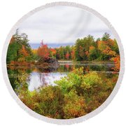 Fall In Nh Round Beach Towel