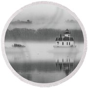 Foggy December At Esopus Light Round Beach Towel