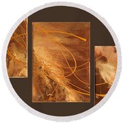 Wings Of Gold Brown Bckgrnd Round Beach Towel
