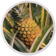 Golden Pineapple Round Beach Towel
