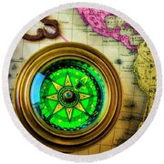 Green Compass And Old Key Round Beach Towel