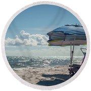 Have A Seat Friend Round Beach Towel