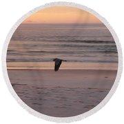 Heron On The Downwing Round Beach Towel