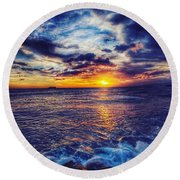 Honolulu Sunset Round Beach Towel