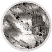 Hoodoo's Black White Utah  Round Beach Towel