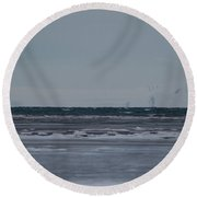 Ice Horizon And Sky Round Beach Towel