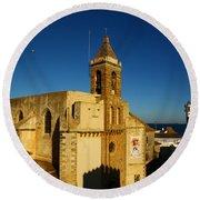 Iglesia De La O, Rota, Spain Round Beach Towel