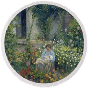 Julie And Ludovic-rodolphe Pissarro Among The Flowers, 1879 Round Beach Towel