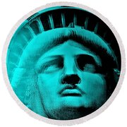 Lady Liberty In Turquoise Round Beach Towel