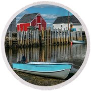 Low Tide At Blue Rocks 02 Round Beach Towel